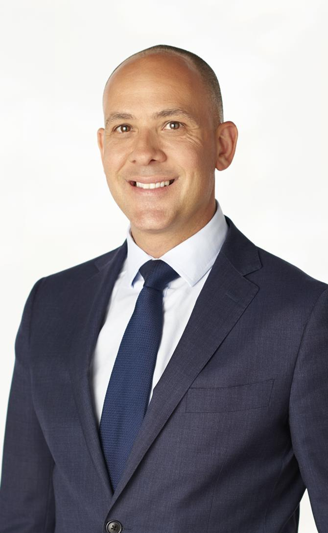 Alex schaivo real estate agent melbourne