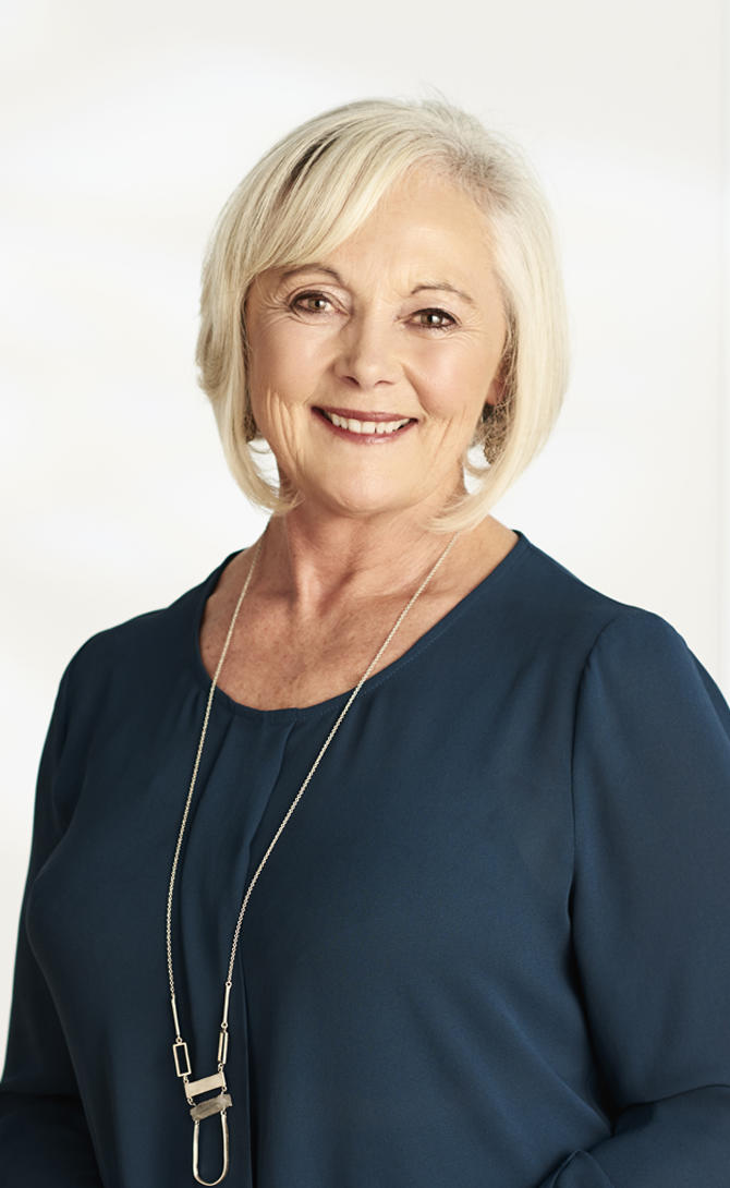 Prue mclaughlin real estate agent melbourne