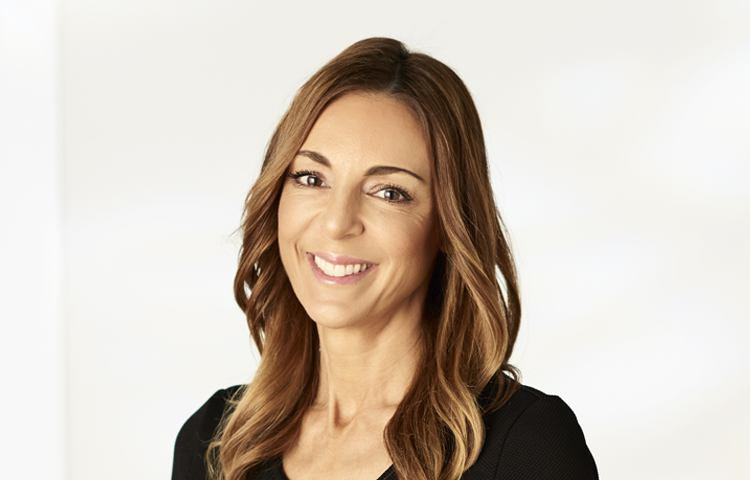 Luci avro real estate agent hawthorn